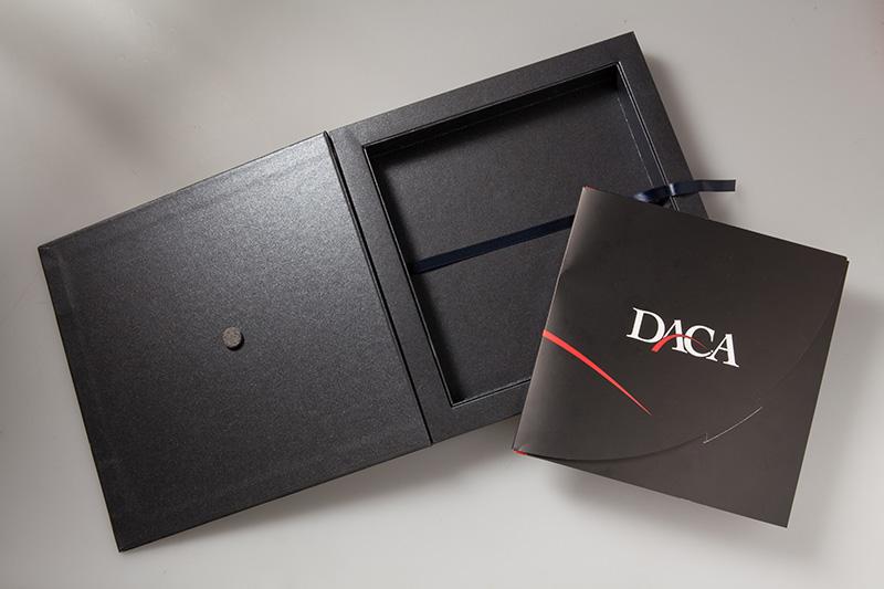 Packaging - cofanetto nero per catalogo